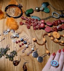 Puno komada nakita (bizuterija)