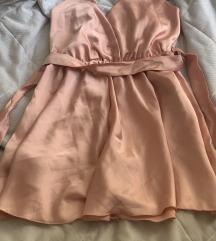 Roze svileni kombinezon univerzalan