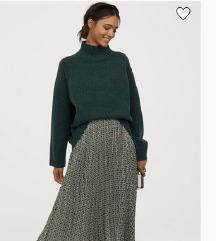H&M plisirana suknja & Zara dzemper poklon