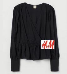 •SNIZENO• H&M crna bluza kosulja M/L