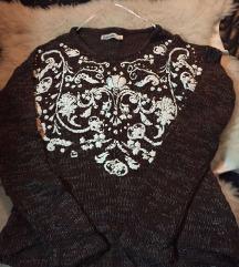 Pleteni džemper sa sili