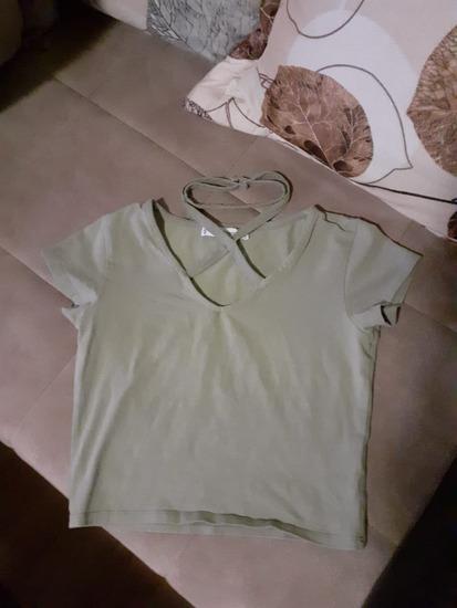 Majica kratkih rukava sa ogrlicom