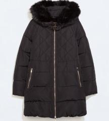 ZARA crna duka i strukirana zimska jakna