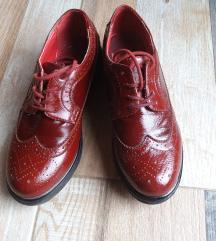 Crvene kozne oxfordice