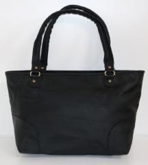 Veća crna torba sa etiketom*NOVO*