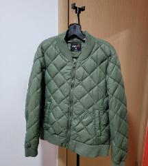 Jesenja jaknica maslinasto zelena