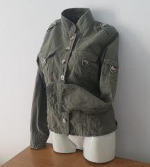 Zelena jaknica SADA 800 DINARA