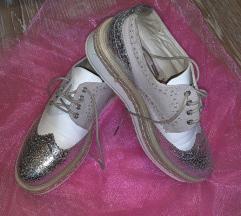 Cipele broj 40