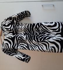 Plisana nova haljina 36