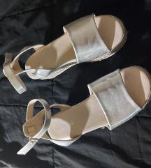 Silver sandale na platformu 37