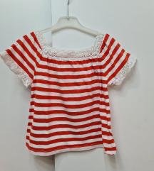 H&M crveno bela majica 110/116