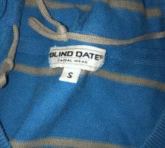 Džemper sa kapuljačom
