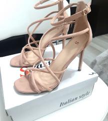 Sandale 39 (KAO NOVE)