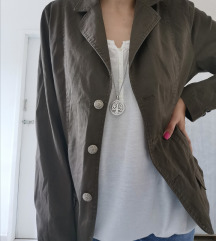 Sportska braon jaknica