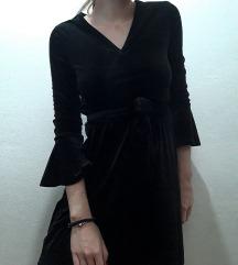 H&M crna pliš haljina