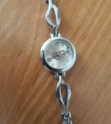 Tanki sat srebrne boje