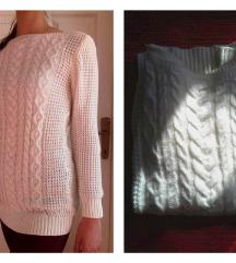 SADA 500 Topli beli džemperić