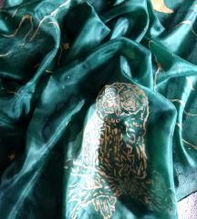 Svilena marama rucno slikana sova