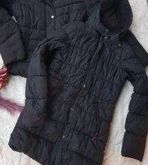 Crna duza jakna vel. 176