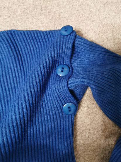 Džemper iz tri dela