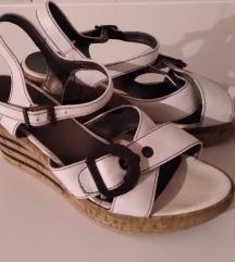 Tamaris kožne sandale, 38