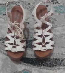 sandale sa platformom-