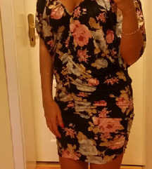 Cvetna letnja haljina bez ramena