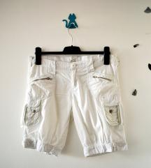 Bele džeparice - cargo model