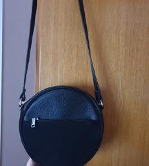 NOVO H&M okrugla torba