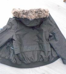 RESERVED zimska jakna vel 140 ( 9-10 god )