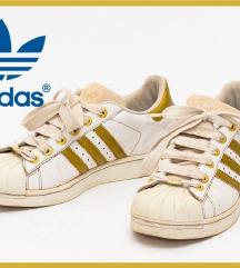 Adidas Superstar 41 1/3 - odgovara broju 40