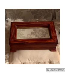 Rezervisano Kutija sa ogledalom
