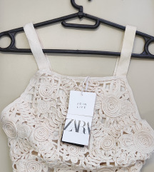 Nov sa etiketom Zara halter crop top M