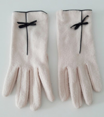 Baby roze rukavice sa mašnicom