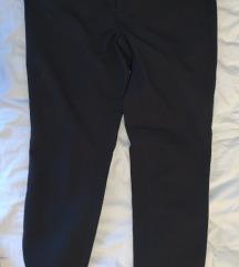 Benetton poslovme pantalone