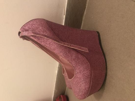 Sandale sa sljokicama