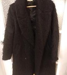 H&M oversize cupavi fuzzy kaput