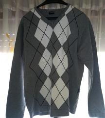 Nov muški džemper NOVA CENA 1200 DIN