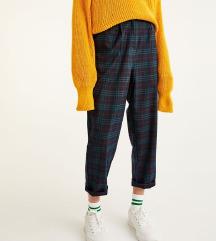 Pull&bear karirane pantalone