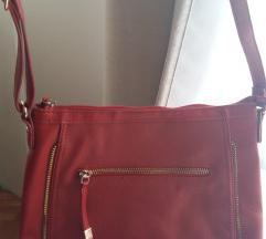Carpisa crvena torba