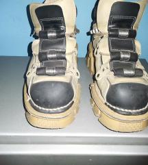New rock cipele 40/41