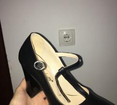 Tochetti crne sandale na debelu petu