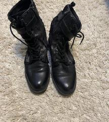 Guess kozne cizme