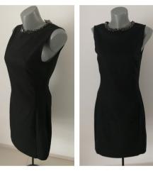 H&M crna haljina sa ogrlicom