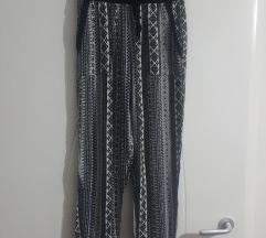 FB Sisters XS duboke pantalone