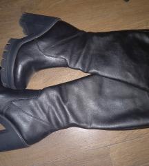 Crne cizme 38