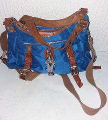 George Gina&Lucy atraktivna torba kao nova