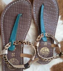Kozne sandale 32