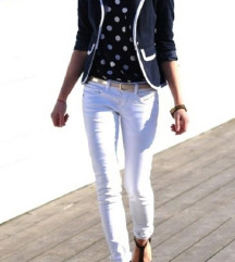Bele pantalone velicina 29