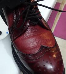 Zenske cipele  boja trula visnja
